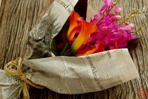 レッドダッチェスとカリプソ、カラーの花束4
