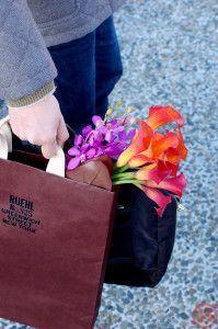 カラーの花束 バッグ